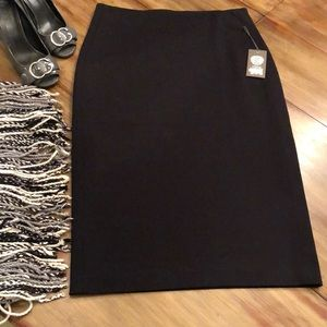 NWT Vince Camuto Classic Pencil Skirt